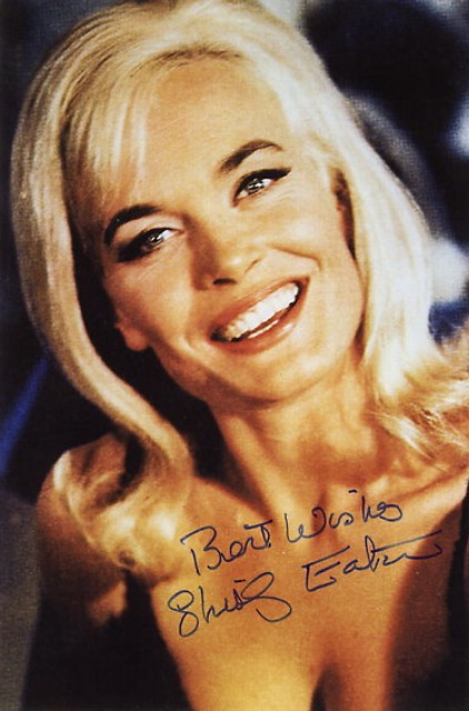 shirley-eaton-autograph-photocard-james-bond-733-p